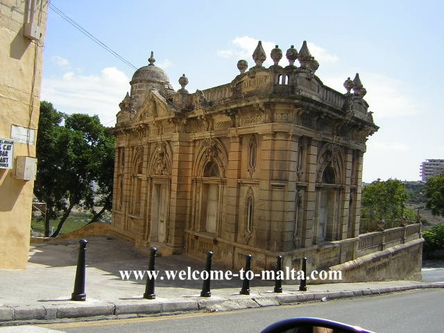 http://www.welcome-to-malta.com/pics/Mdina%20-the%20oldest%20Casino_4173.jpg